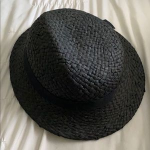 Deena & Ozzy urban outfitters black straw hat